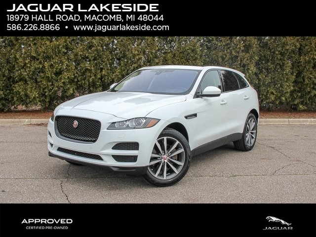 Pre-Owned Featured 2017 Jaguar F-PACE 35t Prestige SUV for sale in Macomb MI