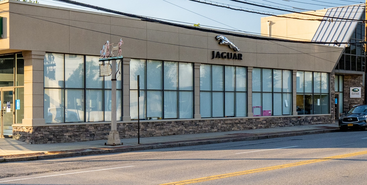 Exterior view of Jaguar Larchmont/New Rochelle