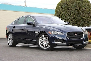 2017 Jaguar XF Sedan