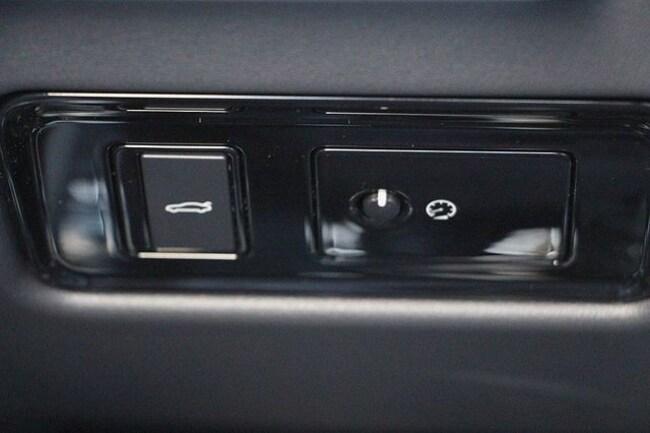 new 2017 jaguar xe for sale at jaguar monterey vin sajae4bv2ha956108. Black Bedroom Furniture Sets. Home Design Ideas