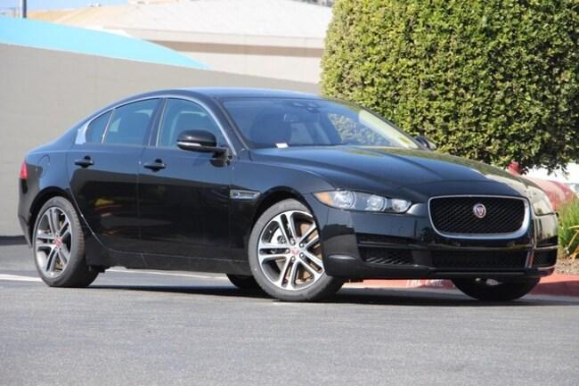 2017 Jaguar XE Premium Sedan