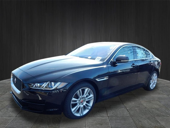 New 2019 Jaguar XE Premium Sedan Near Nashville