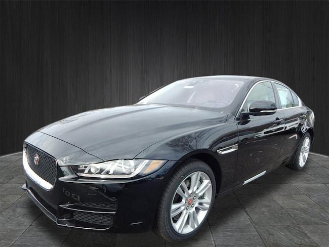 New 2019 Jaguar XE Premium Sedan Near Nashville