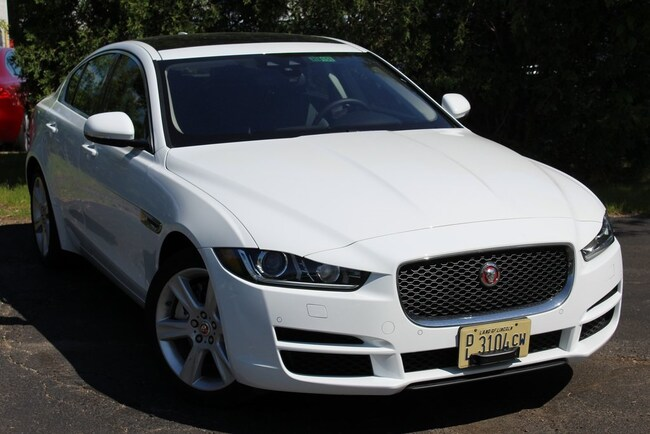 2018 Jaguar XE 25t Prestige Sedan