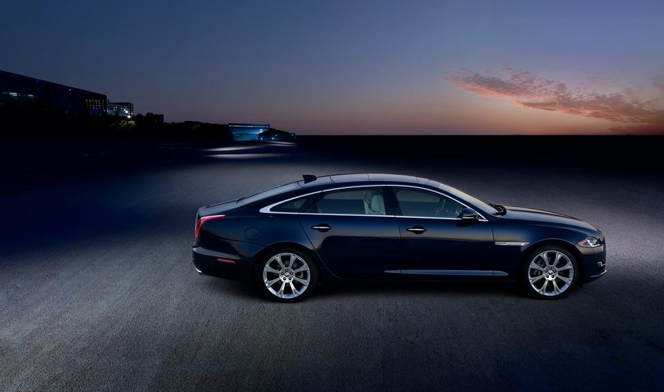 Jaguar XJ Details | Jaguar Thousand Oaks