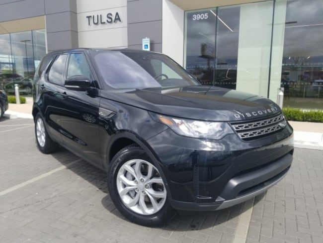 Used 2018 Land Rover Discovery SE SUV in Tulsa