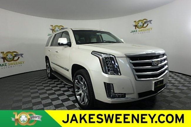 2015 Cadillac Escalade Luxury 4WD  Luxury