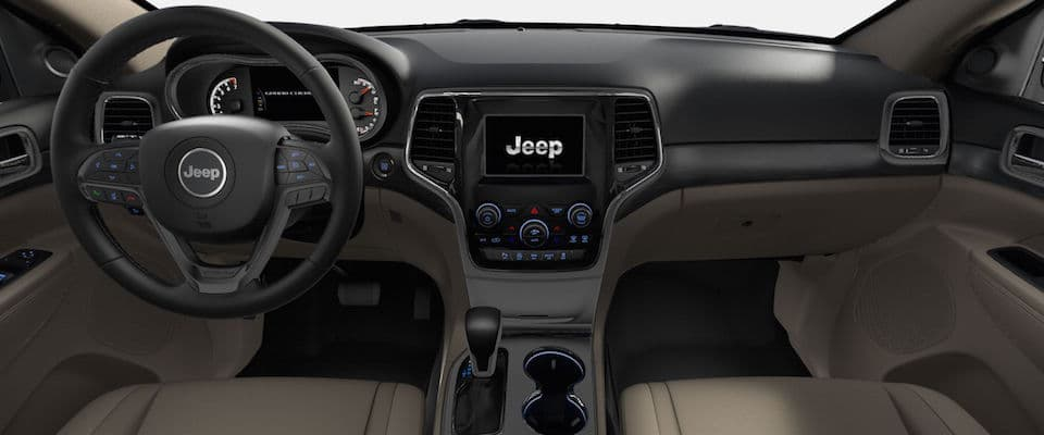 The dashboard on the 2019 Jeep Grand Cherokee