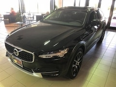 New 2018 Volvo V90 Cross Country T6 AWD Wagon for Sale in Lubbock