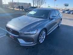 New 2019 Volvo S60 T5 Momentum Sedan for Sale in Lubbock