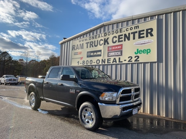 New 2018 Ram 2500 TRADESMAN CREW CAB 4X4 6'4 BOX Crew Cab in Bremen