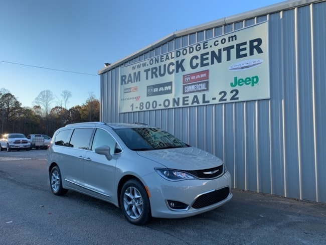 New 2019 Chrysler Pacifica TOURING L PLUS Passenger Van in Bremen