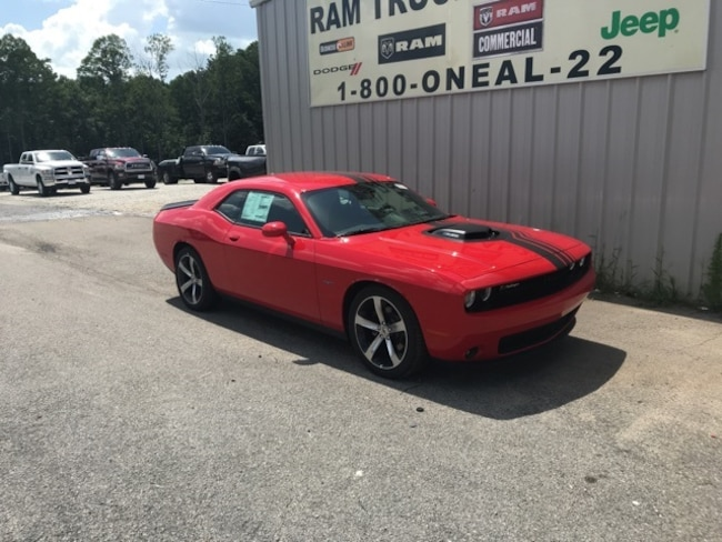 New 2018 Dodge Challenger R/T SHAKER Coupe in Bremen