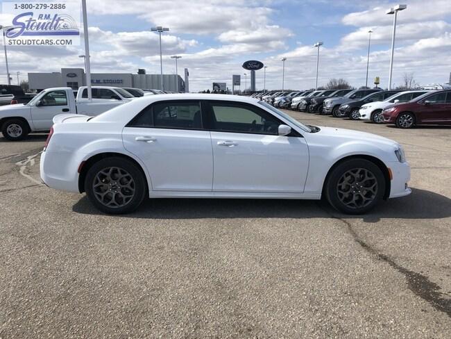2018 Chrysler 300 S AWD Sedan J3981