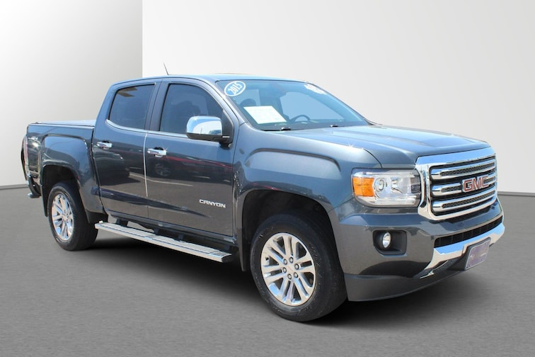 Used 2015 GMC Canyon 4WD SLT 4WD Crew Cab 128.3 SLT For sale in Janesville