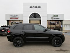 New 2019 Jeep Grand Cherokee Altitude 4x4 Sport Utility 1C4RJFAG2KC573891 in-North-Platte-NE