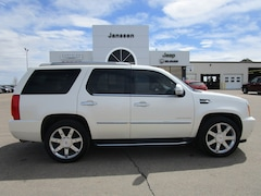 2011 CADILLAC ESCALADE Luxury SUV