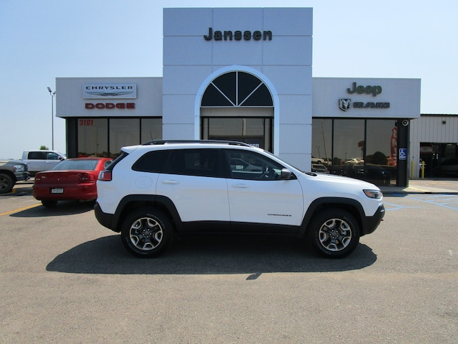 New 2019 Jeep Cherokee Trailhawk Elite 4x4 Sport Utility for-sale-in-North-Platte