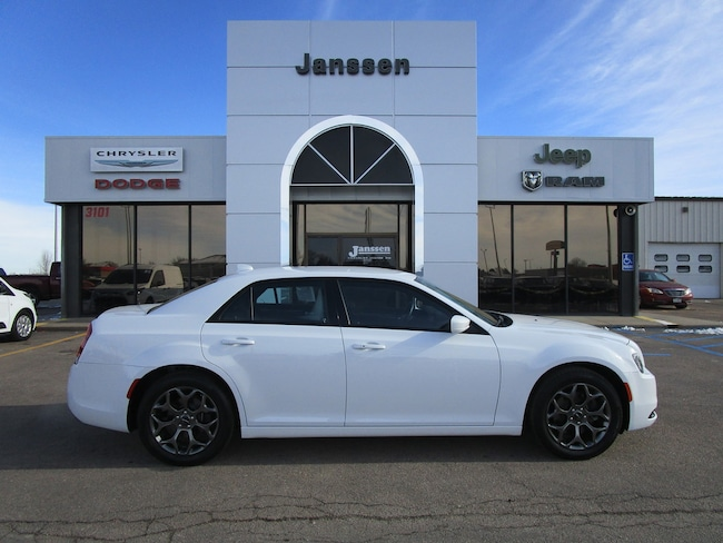 Used 2018 Chrysler 300 S Sedan North Platte