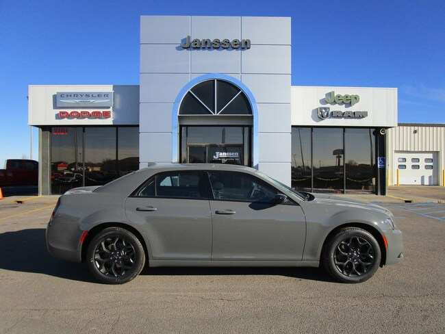New 2019 Chrysler 300 Touring W/Sport AWD Sedan for-sale-in-North-Platte