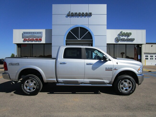 New 2018 Ram 2500 SLT 4x4 Crew Cab for-sale-in-North-Platte