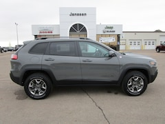 New 2019 Jeep Cherokee TRAILHAWK 4X4 Sport Utility 1C4PJMBX3KD397728 in-North-Platte-NE