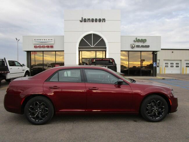 New 2019 Chrysler 300 Touring W/Sport AWD Sedan for-sale-in-North-Platte
