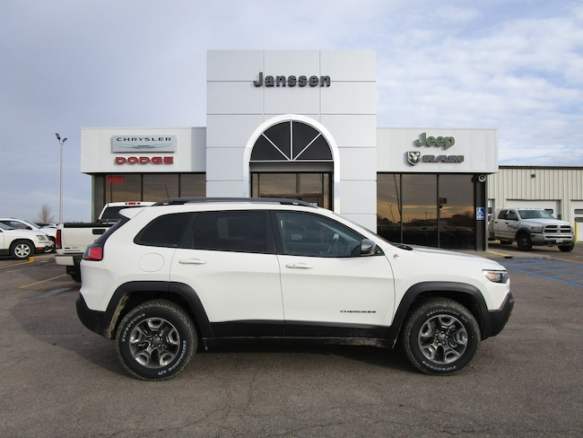 New 2019 Jeep Cherokee Trailhawk 4x4 Sport Utility for-sale-in-North-Platte