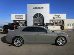 Used 2017 Chrysler 300 Limited Sedan 2C3CCAAG5HH646541 in North Platte, NE