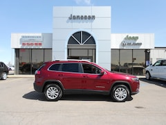 New 2019 Jeep Cherokee Latitude 4x4 Sport Utility 1C4PJMCX8KD132320 in-North-Platte-NE