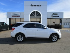 Used 2017 Chevrolet Equinox LT SUV in North Platte, NE