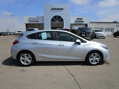 Used 2018 Chevrolet Cruze LT Auto Hatchback in North Platte, NE