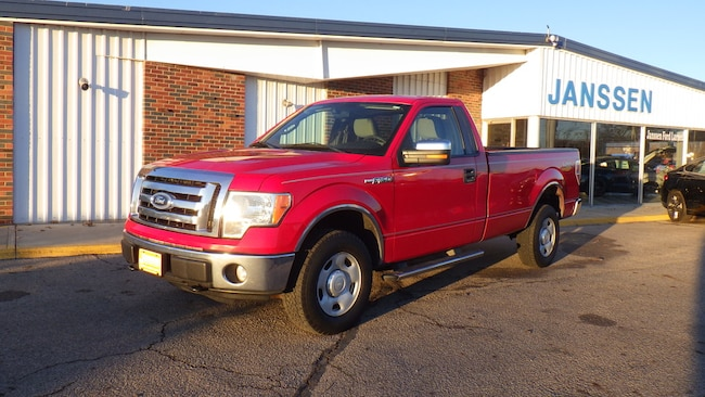 2010 Ford F-150 XLT Truck Regular Cab