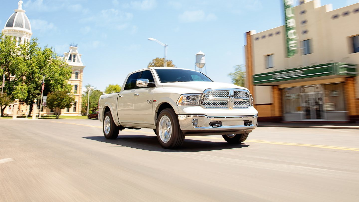 2017 Ram 1500 EcoDiesel White Exterior Front View