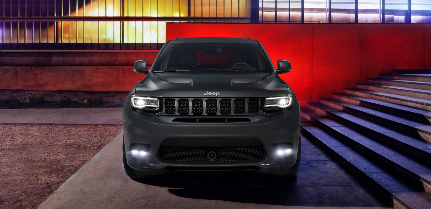 2017 Jeep Grand Cherokee SRT Exterior Front