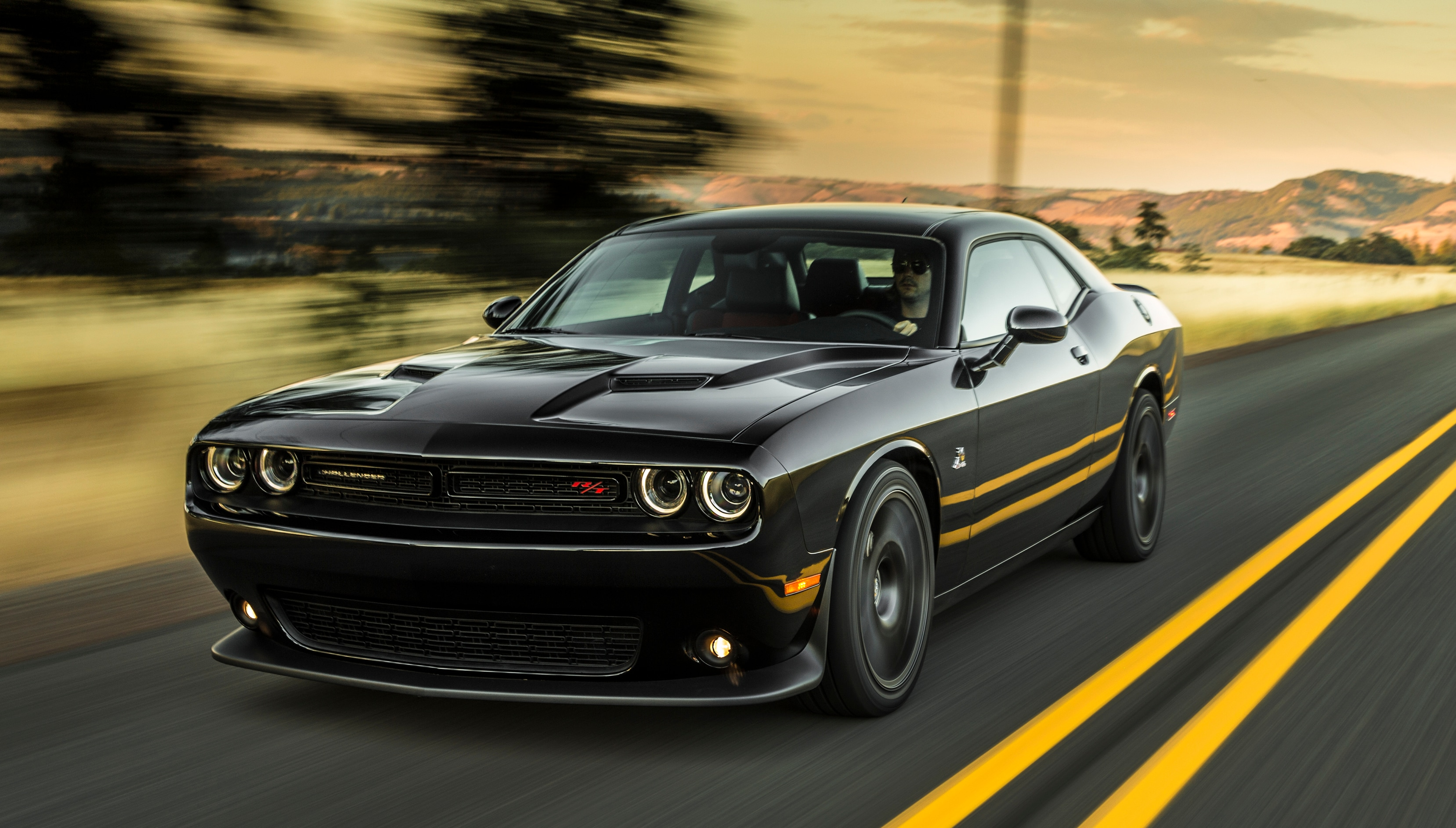 Charger Vs Challenger >> Compare The Dodge Challenger Vs Dodge Charger 1 Jeff D Ambrosio