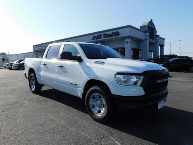 New 2019 Ram 1500 TRADESMAN CREW CAB 4X2 5'7 BOX Crew Cab in Perry, GA