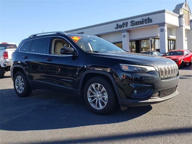 Featured Pre Owned 2019 Jeep Cherokee Latitude SUV for sale near you in Perry, GA