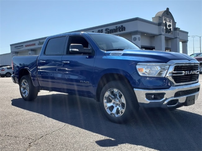 New 2019 Ram 1500 BIG HORN / LONE STAR CREW CAB 4X4 5'7 BOX Crew Cab in Perry, GA