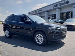 New 2019 Jeep Cherokee LATITUDE 4X4 Sport Utility in Perry GA