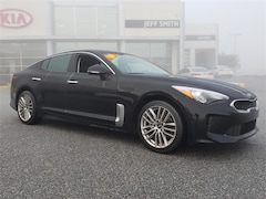 Used 2018 Kia Stinger Base Sedan for sale near you in Perry, GA