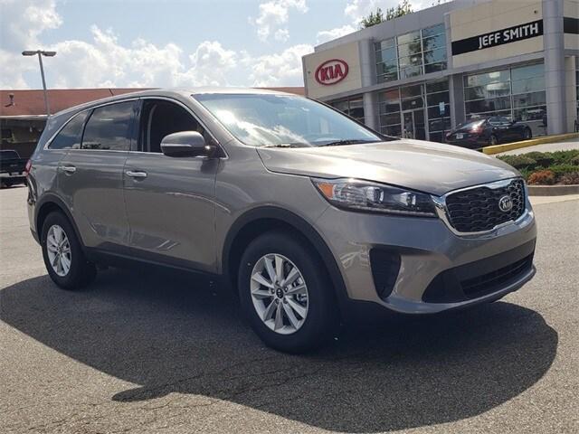 Featured New 2019 Kia Sorento 3.3L LX SUV for sale near you in Perry, GA