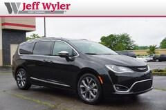 2018 Chrysler Pacifica LIMITED Passenger Van Ft THomas