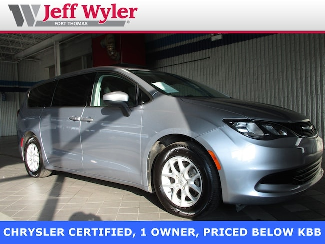 Used 2017 Chrysler Pacifica Touring FWD Ft Thomas