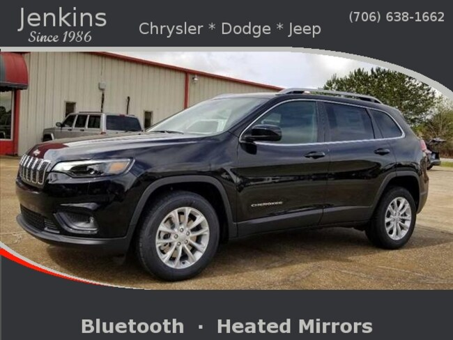 New 2019 Jeep Cherokee LATITUDE FWD Sport Utility near Chattanooga