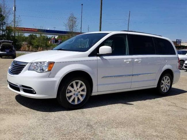 Used 2016 Chrysler Town & Country Touring Van LWB Passenger Van near Chattanooga