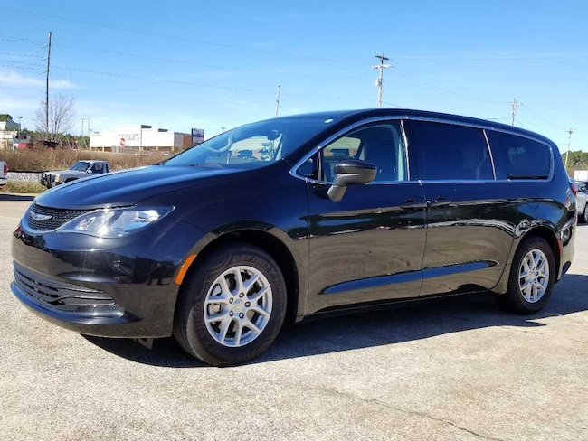 Used 2017 Chrysler Pacifica Touring Van near Chattanooga