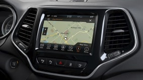 Uconnect® 4C NAV with 8.4-Inch Touchscreen