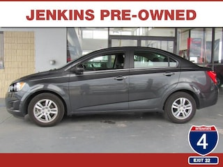 Bargain Used 2016 Chevrolet Sonic LT Auto Sedan under $15,000 for Sale in Lakeland, FL
