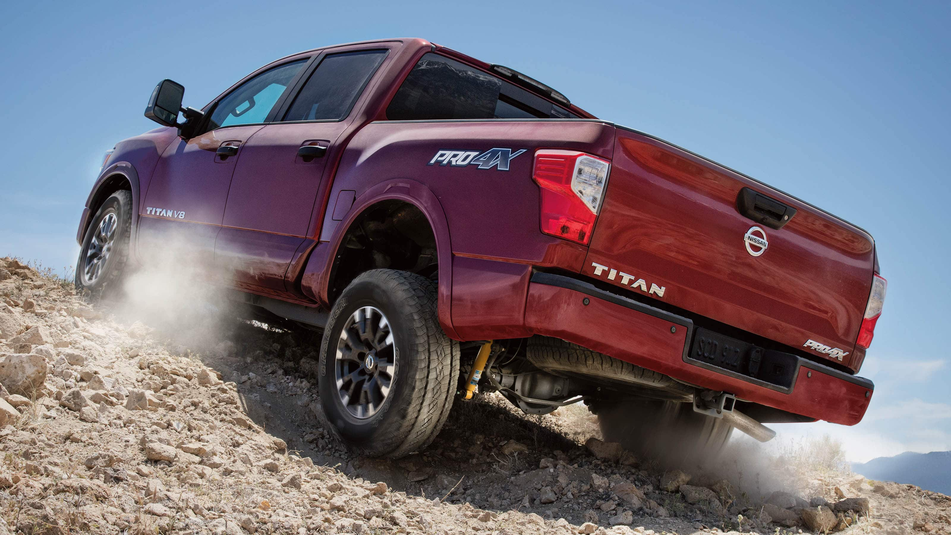 Buy, Lease, or Finance the 2019 Nissan Titan near Ocala FL